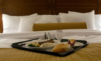 Breakfast on Bed, Affordable Hotels in Tucumcari, NM