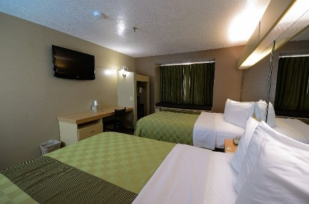 Bed, Pet-Friendly Accommodations in Tucumcari, NM